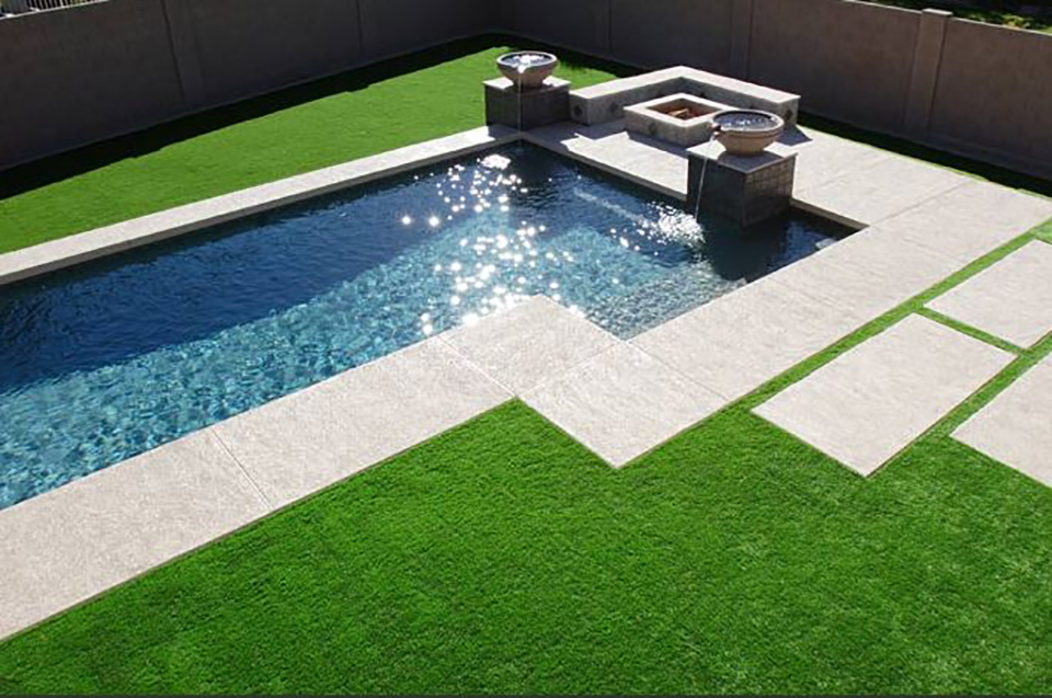 Fake Grass For Your Backyard : Installation Accessories That You Will Need For Your DIY Project
